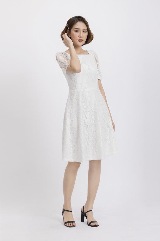 Đầm ren trắng xòe cổ vuông KK88-16