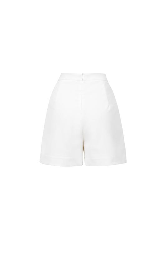 Quần shorts trắng QCS01-18
