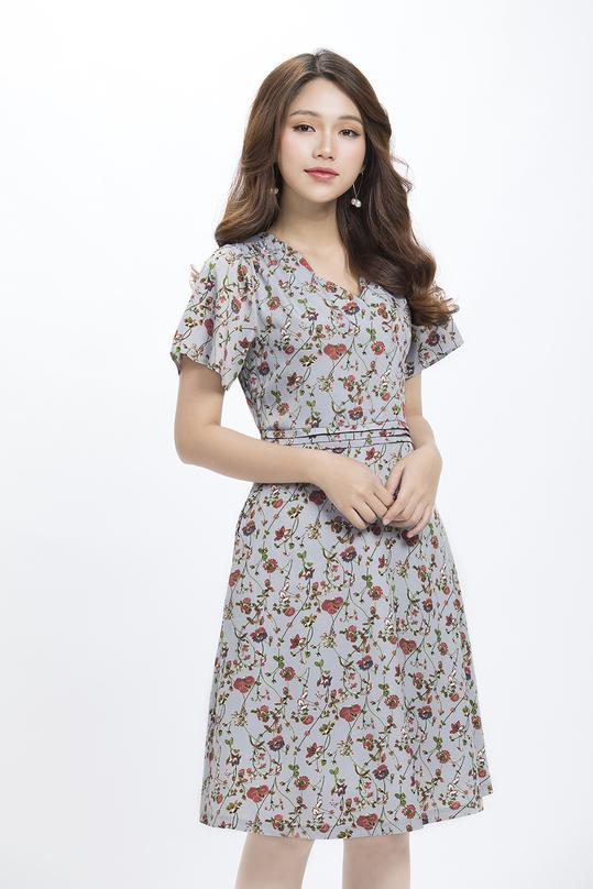 Đầm xòe hoa xếp ly eo cổ V KK90-02