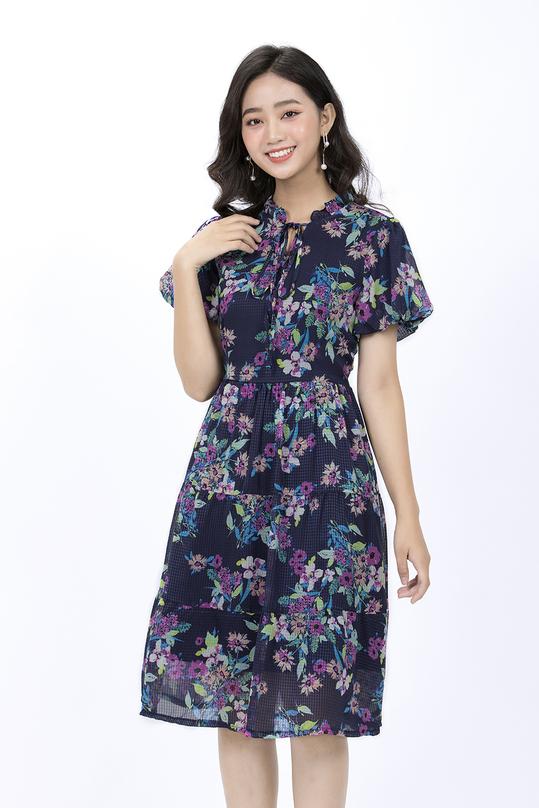 Đầm xòe tay ngắn họa tiết hoa