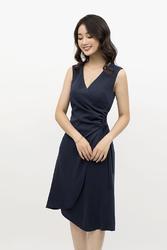 Đầm chữ A vạt chéo xoắn eo