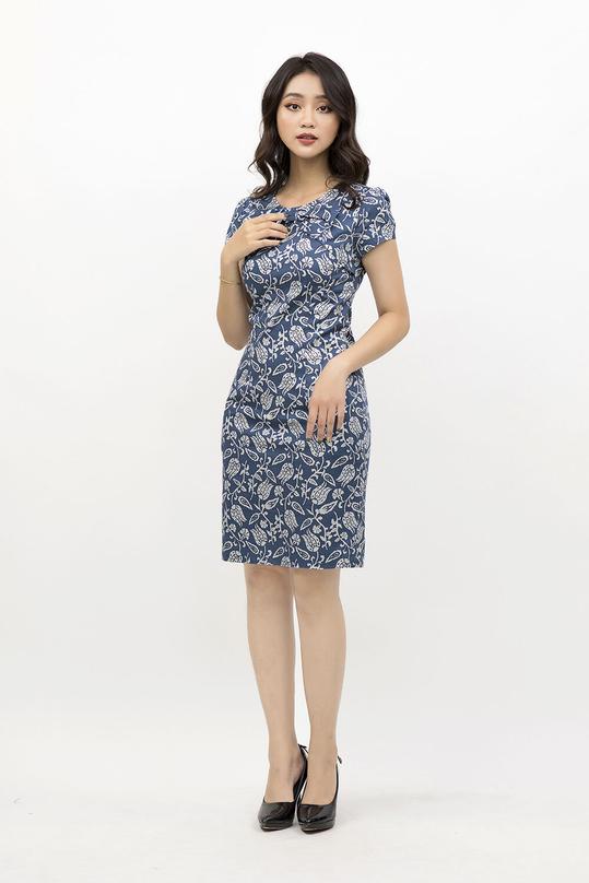 Đầm ôm nhẹ họa tiết phối nơ