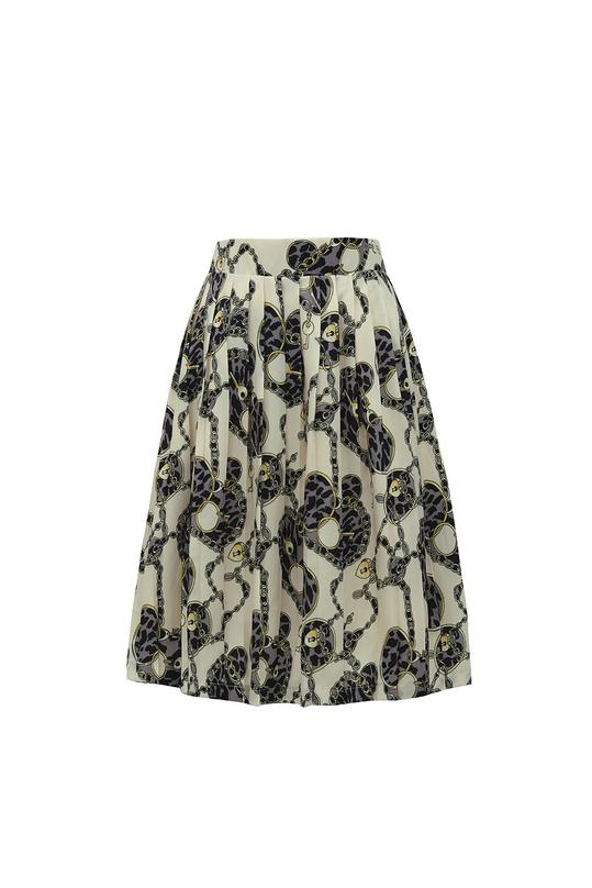 Chân váy xếp ly họa tiết
