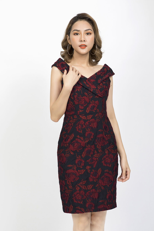 Đầm ôm body họa tiết hoa cổ cách điệu