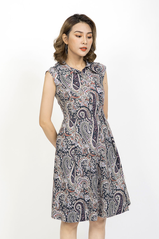 Đầm xòe họa tiết cổ sơ mi