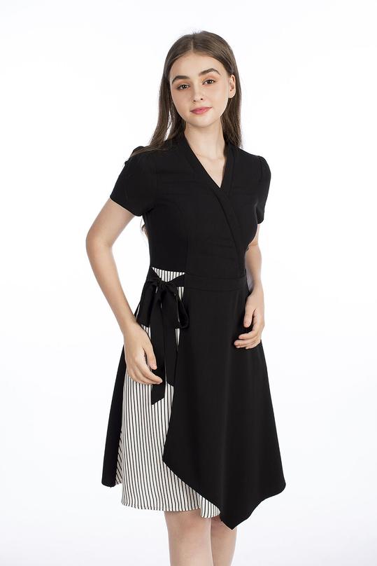Đầm xòe cổ chữ V vạt đắp chéo