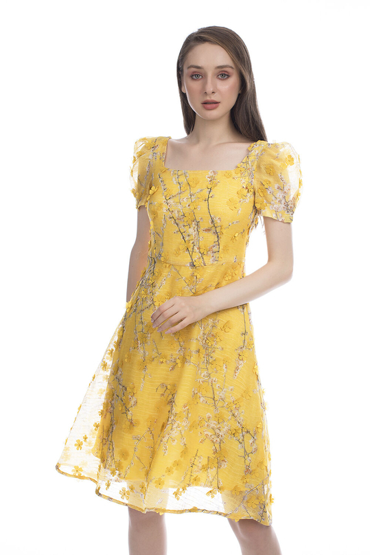 Đầm hoa dáng xòe cổ vuông