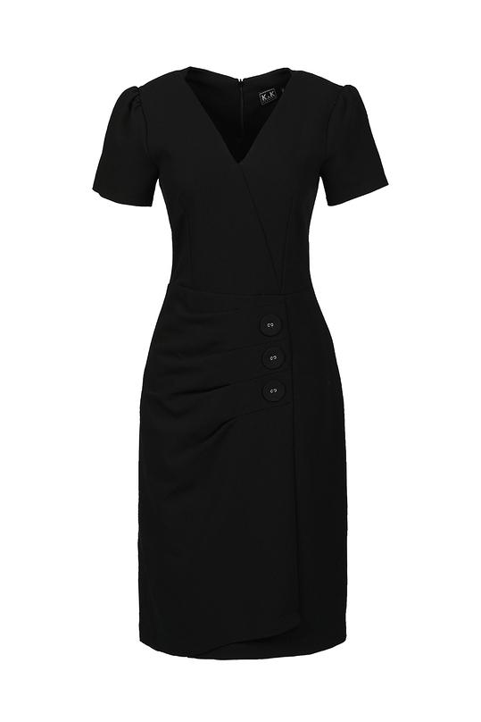 Đầm đen tùng váy quấn cổ V