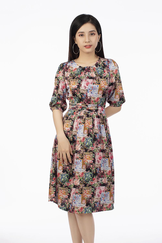 Đầm xòe họa tiết thắt eo tay lỡ