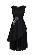 Đầm xòe xếp tầng vạt chéo