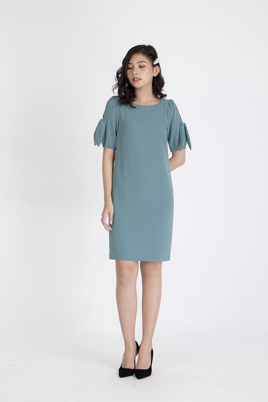 Đầm suông cut-out phối nơ tay KK88-02