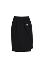 Chân váy đen chữ A phối nút
