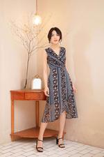 Đầm voan họa tiết tùng váy đắp xéo