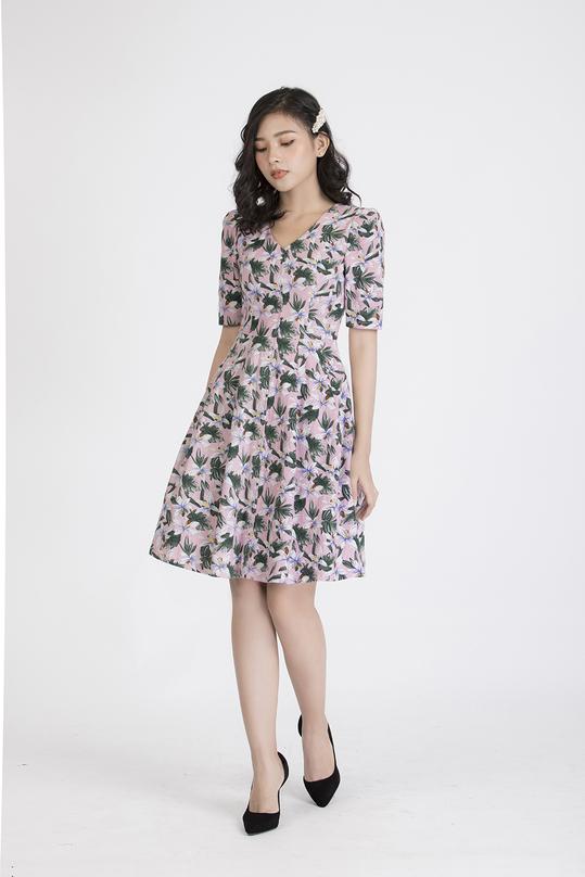 Đầm xòe hoa tay lửng cổ V KK88-20