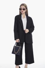 Áo khoác blazer đen có túi