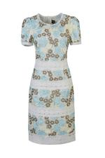 Đầm ren hoa tay ngắn