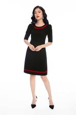 Đầm đen viền đỏ form chữ A
