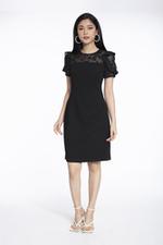Đầm đen dáng chữ A phối voan cóc