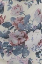 Đầm voan hoa viền bèo cổ V