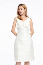 Đầm trắng form chữ A sát nách phối nơ
