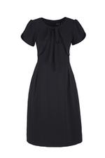 Đầm đen chữ A tay ngắn cổ tròn phối nơ