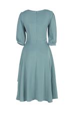 Đầm xòe tay lỡ vai viền bèo