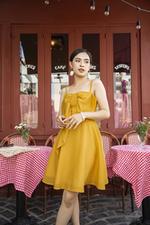 Đầm xòe hai dây màu vàng