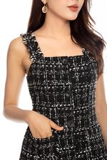 Đầm tweed 2 dây đính cúc có túi