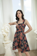 Đầm xòe hai dây họa tiết hoa
