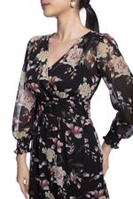 Đầm xòe tay dài họa tiết hoa
