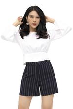 Áo croptop trắng tay dài