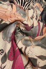Đầm họa tiết dáng chữ A tay lỡ
