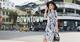 """Cùng hot girl Chi Hoàng xuống phố sành điệu với BST """"Take Me Downtown"""""""